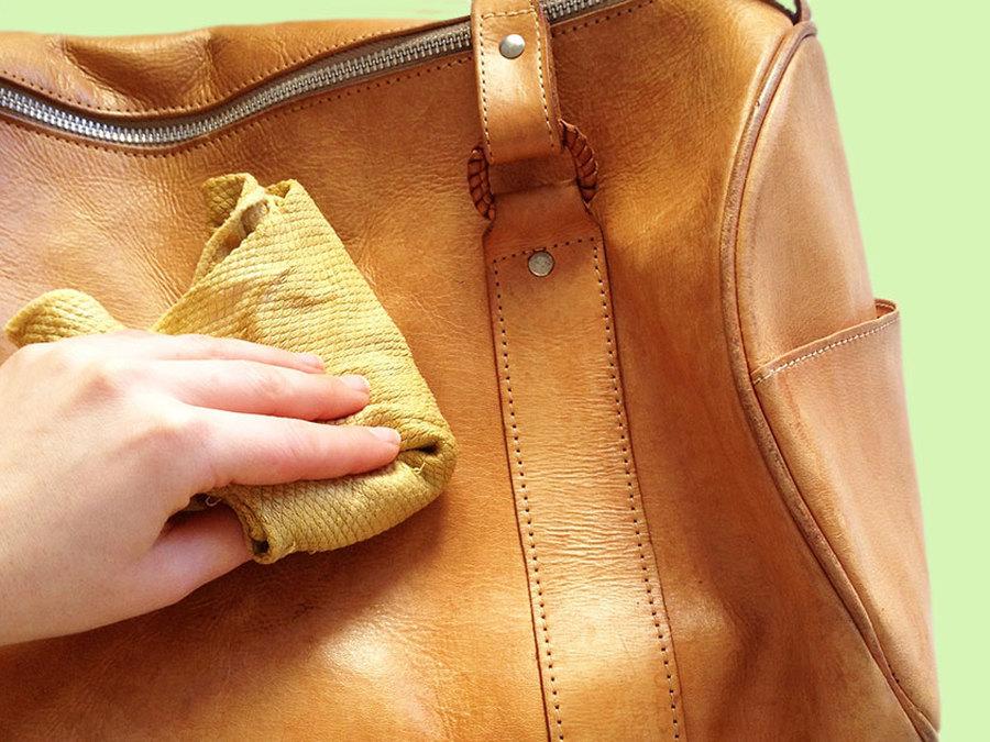 Чем отмыть белую сумку из кожи своими руками 16