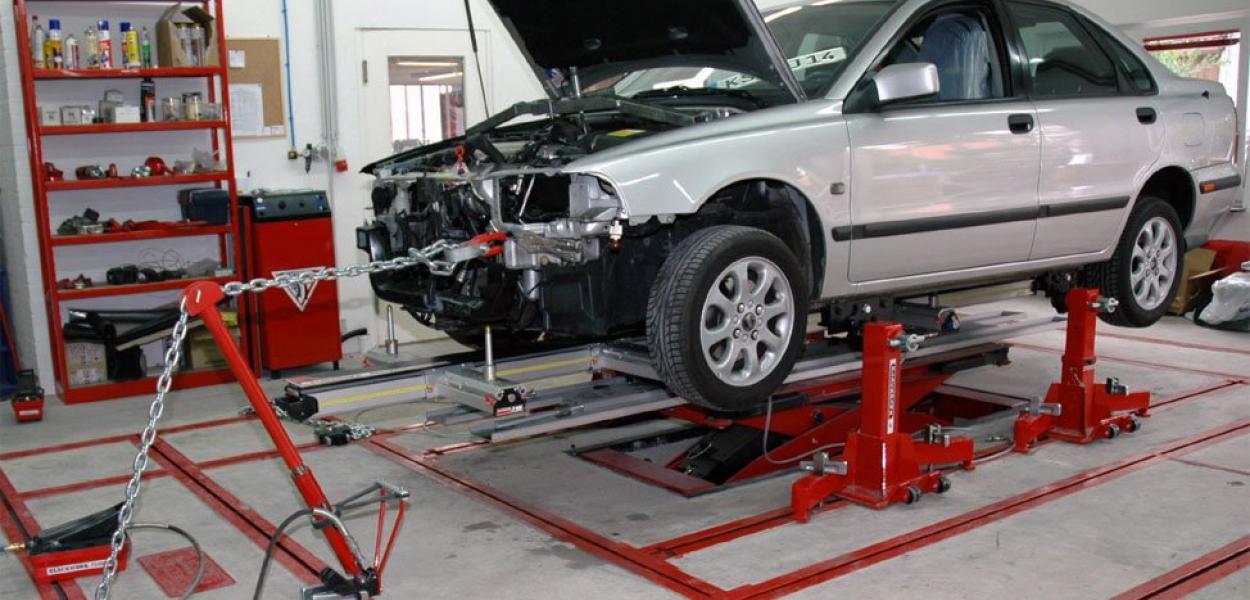 Стапель для ремонта авто