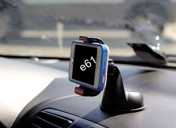 Держатель телефона в машине