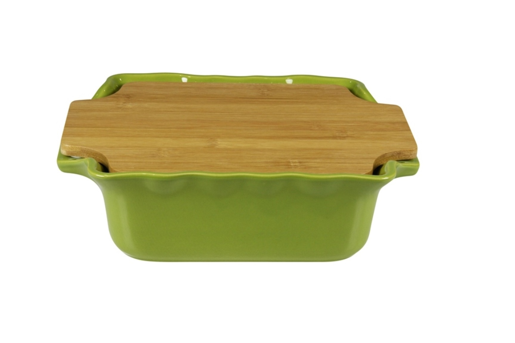Форма с доской квадратная 30 см Appolia Cook&amp;Stock BAMBOO GREEN 130030003Формы для запекания (выпечки)<br>Форма с доской квадратная 30 см Appolia Cook&amp;Stock BAMBOO GREEN 130030003<br><br>В оригинальной коллекции Cook&amp;Stoock присутствуют мягкие цвета трех оттенков. Закругленные углы облегчают чистку. Легко использовать. Компактное хранение. В комплекте натуральные крышки из бамбука, которые можно использовать в качестве подставки, крышки и разделочной доски. Прочная жароустойчивая керамика экологична и изготавливается из высококачественной глины. Прочная глазурь устойчива к растрескиванию и сколам, не содержит свинца и кадмия. Глина обеспечивает медленный и равномерный нагрев, деликатное приготовление с сохранением всех питательных веществ и витаминов, а та же долго сохраняет тепло, что удобно при сервировке горячих блюд.<br>