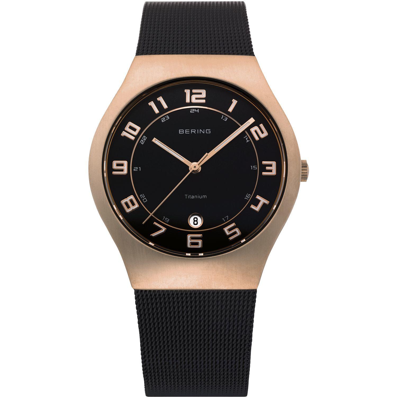 Bering 11937-262 - мужские наручные часы из коллекции TitaniumBering<br>мужские, сапфировое стекло, корпус из титана с покрытием pvd розового цвета ,  браслет  из нерж. стали с покрытием pvd черного цвета , циферблат черного цвета, центральная секундная стрелка, с числовым календарем<br><br>Бренд: Bering<br>Модель: Bering 11937-262<br>Артикул: 11937-262<br>Вариант артикула: ber-11937-262<br>Коллекция: Titanium<br>Подколлекция: None<br>Страна: Дания<br>Пол: мужские<br>Тип механизма: кварцевые<br>Механизм: None<br>Количество камней: None<br>Автоподзавод: None<br>Источник энергии: от батарейки<br>Срок службы элемента питания: None<br>Дисплей: стрелки<br>Цифры: арабские<br>Водозащита: WR 50<br>Противоударные: None<br>Материал корпуса: титан, PVD покрытие: позолота (полное)<br>Материал браслета: нерж. сталь, PVD покрытие (полное)<br>Материал безеля: None<br>Стекло: сапфировое<br>Антибликовое покрытие: None<br>Цвет корпуса: розовое золото<br>Цвет браслета: черный<br>Цвет циферблата: None<br>Цвет безеля: None<br>Размеры: 37 мм<br>Диаметр: 37 мм<br>Диаметр корпуса: None<br>Толщина: None<br>Ширина ремешка: None<br>Вес: None<br>Спорт-функции: None<br>Подсветка: стрелок<br>Вставка: None<br>Отображение даты: число<br>Хронограф: None<br>Таймер: None<br>Термометр: None<br>Хронометр: None<br>GPS: None<br>Радиосинхронизация: None<br>Барометр: None<br>Скелетон: None<br>Дополнительная информация: дополнительная шкала от 13 до 24 часов<br>Дополнительные функции: None