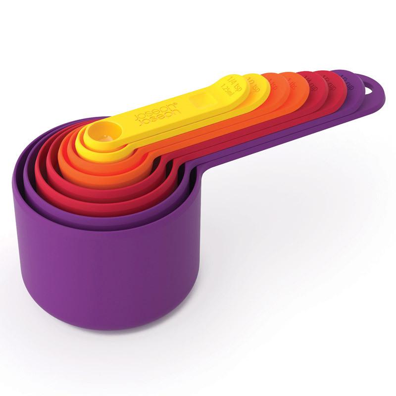 Набор мерных ёмкостей Joseph Joseph nest™ 40019Готовимся к Пасхе<br>Набор мерных ёмкостей Joseph Joseph nest™ 40019<br><br>Комплексный набор из 8 предметов, который занимает минимум места! Каждая ёмкость легко помещается в другую, как матрешка, и экономит место в ваших кухонных шкафчиках. Объем измрительных ёмкостей: - 1/4 чайной ложки - 1/2 чайной ложки - 1 чайная ложка - 1/4 стакана - 1/3 стакана - 1/2 стакана - 1 стакан. Набор идеален для приготовления самых разнообразных блюд, для выпечки, измерений специй и т.д. Можно мыть в посудомоечной машине.<br>Официальный продавец<br>