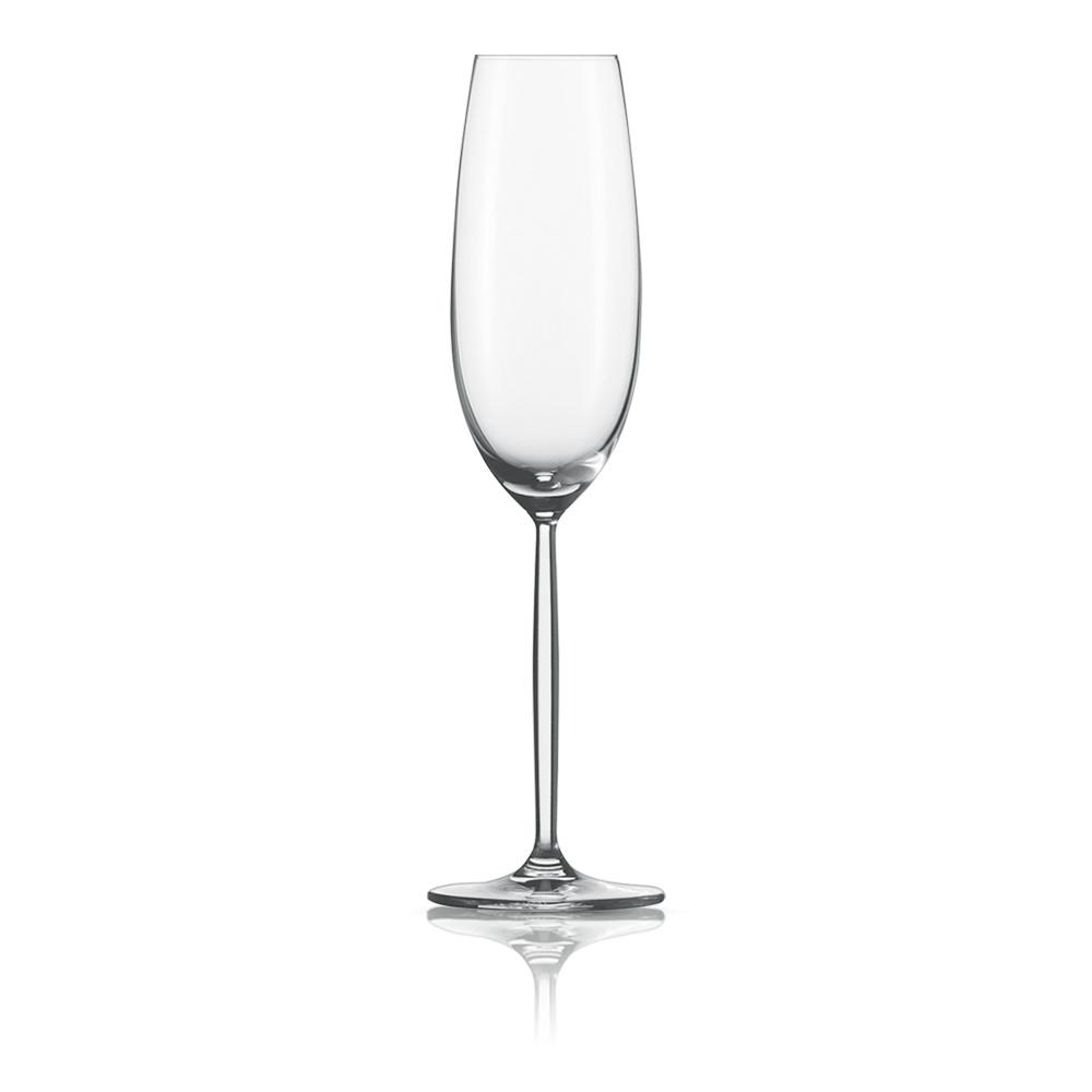 Набор из 6 фужеров для шампанского 220 мл SCHOTT ZWIESEL Diva арт. 104 100-6Бокалы и стаканы<br>Набор из 6 фужеров для шампанского 220 мл SCHOTT ZWIESEL Diva арт. 104 100-7<br><br>вид упаковки: подарочнаявысота (см): 25.3диаметр (см): 7.2материал: хрустальное стеклоназначение: для шампанскогообъем (мл): 219предметов в наборе (штук): 6страна: Германия<br>Элегантные рюмки и бокалы на высоких тонких ножках серии Diva — воплощение классических форм и безупречного стиля. Эта красивая и практичная коллекция создана для разнообразных вин: белых и красных, молодых и зрелых, легких и крепких.<br>Изящный дизайн и удобные формы рюмок, бокалов и фужеров серии Diva позволит вам приятно насладиться любимым напитком, смакуя его маленькими глотками.<br>Кажущаяся хрупкость этих изделий обманчива: тритановое стекло, из которого они изготовлены, обладает невероятной прочностью, что позволяет использовать их ежедневно и мыть в посудомоечной машине, не опасаясь, что они разобьются или потеряют прозрачность и первозданный блеск.<br>