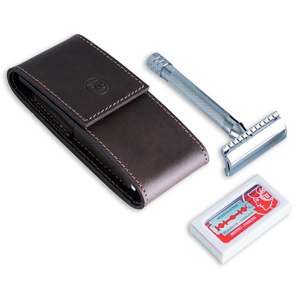 Набор бритвенный Dovo, 2 предмета, цвет коричневый, кожаный футлярБритвенные принадлежности<br>DOVO - это наборы премиум-класса, выполненные в изысканном классическом стиле, отличающиеся превосходным качеством как инструментов, так и чехлов.<br>Набор инструментов:<br><br>Набор запасных лезвий (10 шт.).<br>Станок для бритья (разборный).<br>Футляр изкоричневой гладкой кожи (нубук), закрывается на магнитную кнопку.<br>