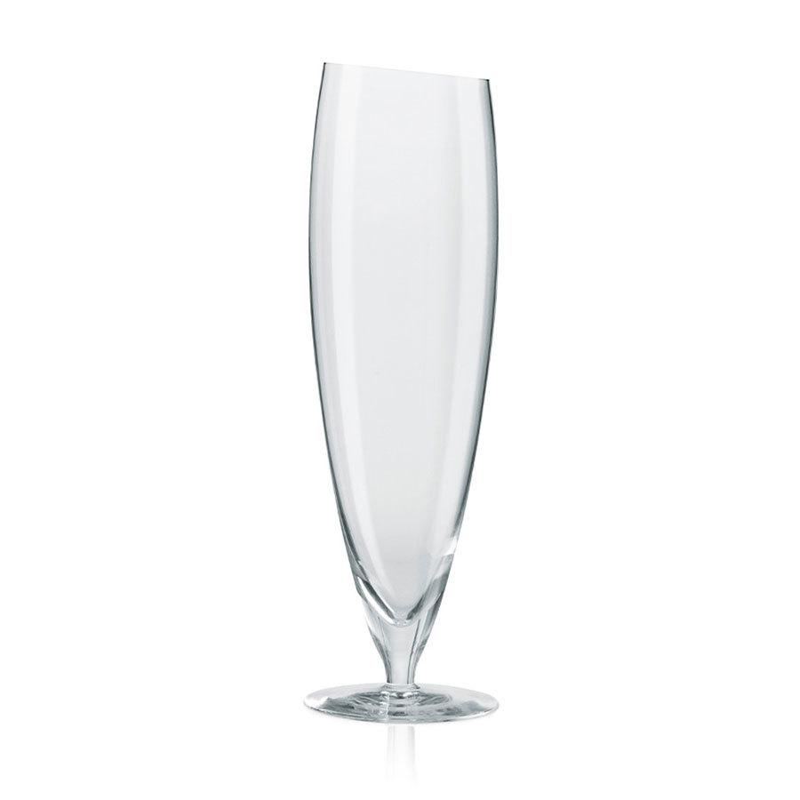 Пивные бокалы большие 2 шт 500 мл Eva Solo 541112Бокалы и стаканы<br>Минималистичный дизайн бокалов от Eva Solo впишется практически в любой интерьер. Бокалы изготовлены вручную и специально спроектированы для того или иного вида алкоголя. При разработке дизайнеры консультировались с профессиональными пивоварами, чтобы создать форму, оптимально раскрывающую аромат и вкус пенного напитка. Замечательный подарок любителям качественного алкоголя! Можно мыть в посудомоечной машине. В набор входят два бокала объемом 500 мл.<br>