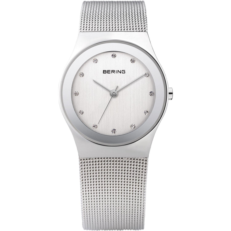 Bering 12927-000 - женские наручные часы из коллекции ClassicBering<br>женские,  сапфировое стекло, корпус из нерж. стали,  браслет из нерж. стали, циферблат белого цвета с кристаллами swarovski<br><br>Бренд: Bering<br>Модель: Bering 12927-000<br>Артикул: 12927-000<br>Вариант артикула: ber-12927-000<br>Коллекция: Classic<br>Подколлекция: None<br>Страна: Дания<br>Пол: женские<br>Тип механизма: кварцевые<br>Механизм: None<br>Количество камней: None<br>Автоподзавод: None<br>Источник энергии: от батарейки<br>Срок службы элемента питания: None<br>Дисплей: стрелки<br>Цифры: отсутствуют<br>Водозащита: WR 30<br>Противоударные: None<br>Материал корпуса: нерж. сталь<br>Материал браслета: нерж. сталь<br>Материал безеля: None<br>Стекло: сапфировое<br>Антибликовое покрытие: None<br>Цвет корпуса: серебристый<br>Цвет браслета: серебрянный<br>Цвет циферблата: None<br>Цвет безеля: None<br>Размеры: 27 мм<br>Диаметр: 27 мм<br>Диаметр корпуса: None<br>Толщина: None<br>Ширина ремешка: None<br>Вес: None<br>Спорт-функции: None<br>Подсветка: None<br>Вставка: кристаллы Swarovski<br>Отображение даты: None<br>Хронограф: None<br>Таймер: None<br>Термометр: None<br>Хронометр: None<br>GPS: None<br>Радиосинхронизация: None<br>Барометр: None<br>Скелетон: None<br>Дополнительная информация: None<br>Дополнительные функции: None