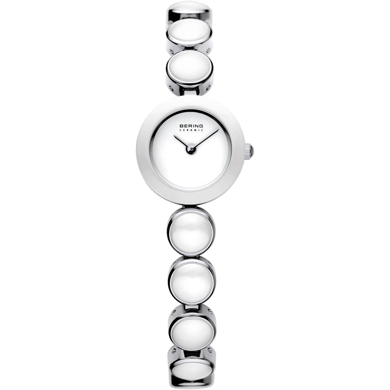 Bering 33220-754 - женские наручные часы из коллекции CeramicBering<br>женские, сапфировое стекло, корпус из нерж. стали с безелем из керамики белого цвета,  браслет из нерж. стали со вставками из керамики белого цвета, циферблат белого цвета<br><br>Бренд: Bering<br>Модель: Bering 33220-754<br>Артикул: 33220-754<br>Вариант артикула: ber-33220-754<br>Коллекция: Ceramic<br>Подколлекция: None<br>Страна: Дания<br>Пол: женские<br>Тип механизма: кварцевые<br>Механизм: None<br>Количество камней: None<br>Автоподзавод: None<br>Источник энергии: от батарейки<br>Срок службы элемента питания: None<br>Дисплей: стрелки<br>Цифры: отсутствуют<br>Водозащита: WR 50<br>Противоударные: None<br>Материал корпуса: нерж. сталь + керамика<br>Материал браслета: нерж. сталь + керамика<br>Материал безеля: керамика<br>Стекло: сапфировое<br>Антибликовое покрытие: None<br>Цвет корпуса: серебристый<br>Цвет браслета: серебрянный<br>Цвет циферблата: None<br>Цвет безеля: белый<br>Размеры: 20 мм<br>Диаметр: 20 мм<br>Диаметр корпуса: None<br>Толщина: None<br>Ширина ремешка: None<br>Вес: None<br>Спорт-функции: None<br>Подсветка: None<br>Вставка: None<br>Отображение даты: None<br>Хронограф: None<br>Таймер: None<br>Термометр: None<br>Хронометр: None<br>GPS: None<br>Радиосинхронизация: None<br>Барометр: None<br>Скелетон: None<br>Дополнительная информация: None<br>Дополнительные функции: None