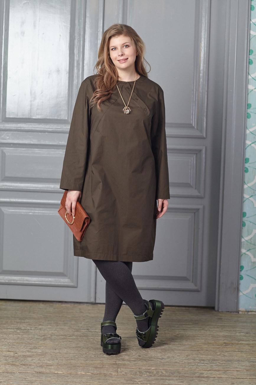 Платье BASE-03 DR04 TM25Платья<br>Хлопковое платье-рубашка в японском стиле с оригинальной застежкой – идеальное решение для любой ситуации. Комбинируйте с жилетами, кардиганами и плотными колготками. За счет встречной складки на спине идеально сидит на любой фигуре. Комфортное и актуальное платье-рубашка бесспорно станет Вашей самой любимой вещью.<br>