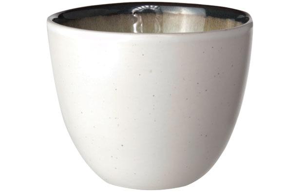 Чашка 140 мл COSY&amp;TRENDY Fez green 9212172Новинки<br>Чашка 140 мл COSY&amp;TRENDY Fez green 9212172<br><br>Эта коллекция из каменной керамики поражает удивительным цветом, текстурой и формой. Насыщенный темно-зеленый оттенок с волнистым рельефом погружают в песчаную лагуну. Органические края для дополнительного дизайна. Коллекция FEZ Green воссоздает исключительный внешний вид приготовленных блюд.<br>