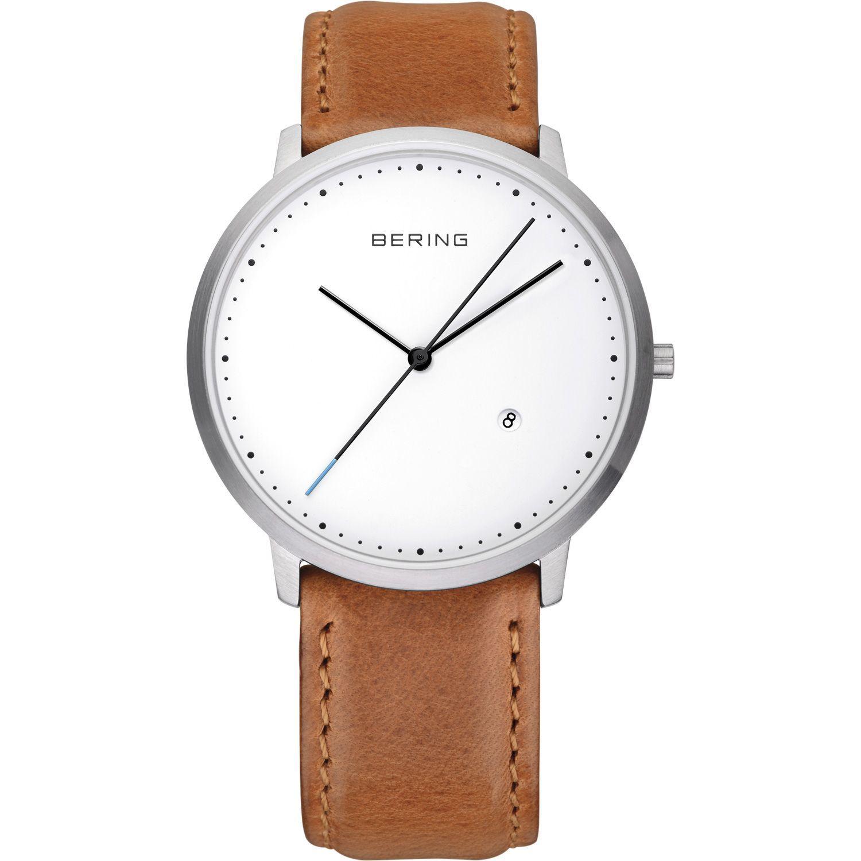 Bering 11139-504 - мужские наручные часы из коллекции ClassicBering<br>мужские,  сапфировое стекло, корпус из нерж. стали , ремешок из кожи теленка коричневого цвета, циферблат белого цвета, центральная секундная стрелка, с числовым календарем<br><br>Бренд: Bering<br>Модель: Bering 11139-504<br>Артикул: 11139-504<br>Вариант артикула: ber-11139-504<br>Коллекция: Classic<br>Подколлекция: None<br>Страна: Дания<br>Пол: мужские<br>Тип механизма: кварцевые<br>Механизм: None<br>Количество камней: None<br>Автоподзавод: None<br>Источник энергии: от батарейки<br>Срок службы элемента питания: None<br>Дисплей: стрелки<br>Цифры: отсутствуют<br>Водозащита: WR 30<br>Противоударные: None<br>Материал корпуса: нерж. сталь<br>Материал браслета: кожа (не указан)<br>Материал безеля: None<br>Стекло: сапфировое<br>Антибликовое покрытие: None<br>Цвет корпуса: серебристый<br>Цвет браслета: коричневый<br>Цвет циферблата: None<br>Цвет безеля: None<br>Размеры: 39 мм<br>Диаметр: 39 мм<br>Диаметр корпуса: None<br>Толщина: None<br>Ширина ремешка: None<br>Вес: None<br>Спорт-функции: None<br>Подсветка: None<br>Вставка: None<br>Отображение даты: число<br>Хронограф: None<br>Таймер: None<br>Термометр: None<br>Хронометр: None<br>GPS: None<br>Радиосинхронизация: None<br>Барометр: None<br>Скелетон: None<br>Дополнительная информация: None<br>Дополнительные функции: None