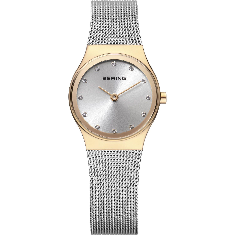 Bering 12924-001 - женские наручные часы из коллекции ClassicBering<br>миланский браслет, перламутровый циферблат, сапфировое стекло<br><br>Бренд: Bering<br>Модель: Bering 12924-001<br>Артикул: 12924-001<br>Вариант артикула: ber-12924-001<br>Коллекция: Classic<br>Подколлекция: None<br>Страна: Дания<br>Пол: женские<br>Тип механизма: кварцевые<br>Механизм: None<br>Количество камней: None<br>Автоподзавод: None<br>Источник энергии: от батарейки<br>Срок службы элемента питания: None<br>Дисплей: стрелки<br>Цифры: отсутствуют<br>Водозащита: WR 30<br>Противоударные: None<br>Материал корпуса: нерж. сталь, IP покрытие: позолота (полное)<br>Материал браслета: нерж. сталь<br>Материал безеля: None<br>Стекло: сапфировое<br>Антибликовое покрытие: None<br>Цвет корпуса: золотой<br>Цвет браслета: серебрянный<br>Цвет циферблата: None<br>Цвет безеля: None<br>Размеры: 24 мм<br>Диаметр: 24 мм<br>Диаметр корпуса: None<br>Толщина: None<br>Ширина ремешка: None<br>Вес: None<br>Спорт-функции: None<br>Подсветка: None<br>Вставка: кристаллы Swarovski<br>Отображение даты: None<br>Хронограф: None<br>Таймер: None<br>Термометр: None<br>Хронометр: None<br>GPS: None<br>Радиосинхронизация: None<br>Барометр: None<br>Скелетон: None<br>Дополнительная информация: None<br>Дополнительные функции: None