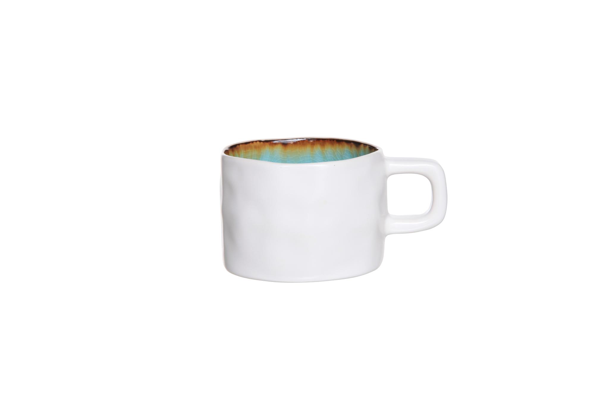 Чашка 8,5х6 см COSY&amp;TRENDY Laguna azzuro 1429999Кружки и чашки<br>Чашка 8,5х6 см COSY&amp;TRENDY Laguna azzuro 1429999<br><br>Эта коллекция из каменной керамики поражает удивительным цветом, текстурой и формой. Ярко-голубой оттенок с волнистым рельефом погружают в райскую лагуну. Органические края для дополнительного дизайна. Коллекция Laguna Azzuro воссоздает исключительный внешний вид приготовленных блюд.<br>