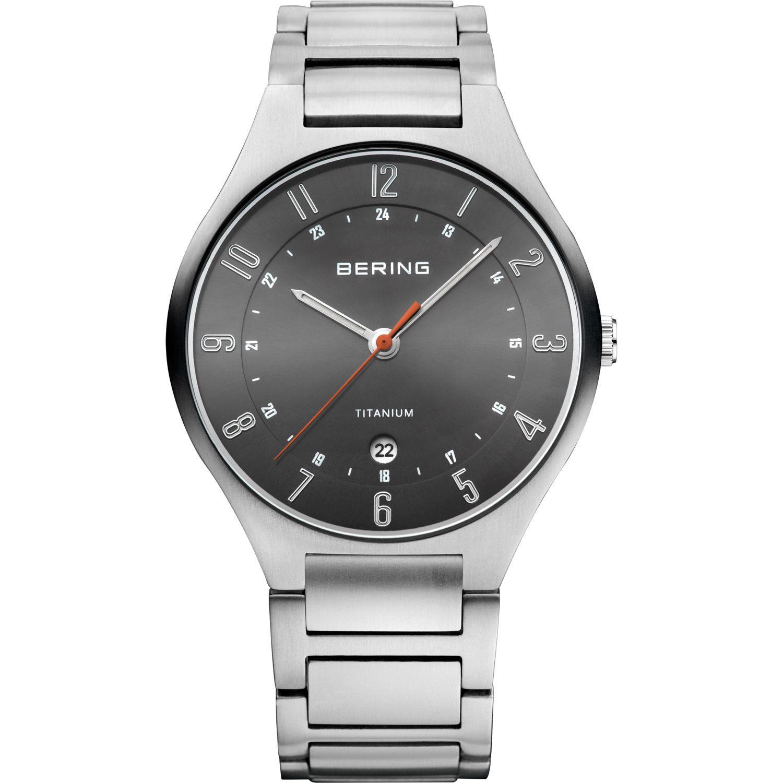 Bering 11739-772 - мужские наручные часы из коллекции TitaniumBering<br>full titanium, мужские, сапфировое стекло, корпус из титана, браслет из титана, циферблат антрацитового цвета, центральная секундная стрелка, с числовым календарем<br><br>Бренд: Bering<br>Модель: Bering 11739-772<br>Артикул: 11739-772<br>Вариант артикула: ber-11739-772<br>Коллекция: Titanium<br>Подколлекция: None<br>Страна: Дания<br>Пол: мужские<br>Тип механизма: кварцевые<br>Механизм: None<br>Количество камней: None<br>Автоподзавод: None<br>Источник энергии: от батарейки<br>Срок службы элемента питания: None<br>Дисплей: стрелки<br>Цифры: арабские<br>Водозащита: WR 50<br>Противоударные: None<br>Материал корпуса: титан<br>Материал браслета: титан<br>Материал безеля: None<br>Стекло: сапфировое<br>Антибликовое покрытие: None<br>Цвет корпуса: серый<br>Цвет браслета: серый<br>Цвет циферблата: None<br>Цвет безеля: None<br>Размеры: 39 мм<br>Диаметр: 39 мм<br>Диаметр корпуса: None<br>Толщина: None<br>Ширина ремешка: None<br>Вес: None<br>Спорт-функции: None<br>Подсветка: стрелок<br>Вставка: None<br>Отображение даты: число<br>Хронограф: None<br>Таймер: None<br>Термометр: None<br>Хронометр: None<br>GPS: None<br>Радиосинхронизация: None<br>Барометр: None<br>Скелетон: None<br>Дополнительная информация: None<br>Дополнительные функции: None