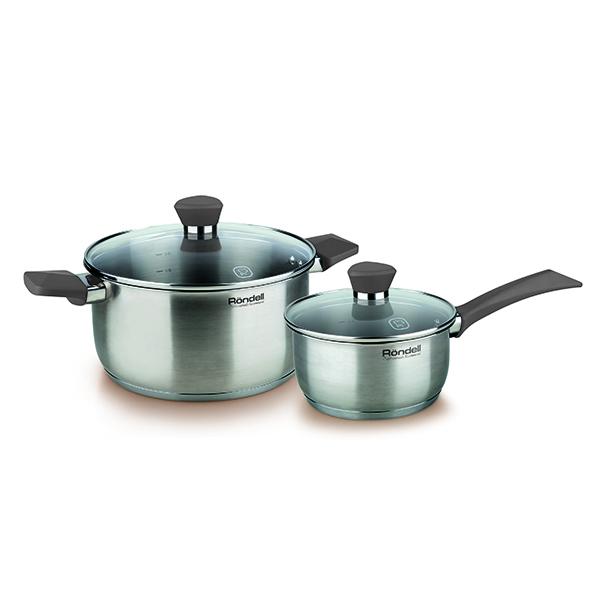 Набор посуды Rondell Strike 4 предмета RDS-819Наборы посуды Rondell<br>Набор посуды Rondell Strike 4 предмета RDS-819<br><br>В набор RDS-819 входит: <br><br>Кастрюля 20 см (2.8л) + крышка <br>Ковш 16 см (1.3л) + крышка <br><br><br>Технология: Тройное вштампованное, а затем вплавленное дно.<br>Внутреннее покрытие: Без покрытия.<br>Внешнее покрытие и отделка: Сатинированная полировка корпуса.<br>Толщина стенок: 0,5 мм.<br>Толщина дна: 5,0 мм.<br>Материал крышки: Термостойкое стекло.<br> Аксессуары: Эргономичные из бакелита с силиконовым напылением.<br> Тип крепления аксессуаров: Клепочное.<br><br>Преимущества:<br><br>Внутренние отметки литража Клепочное крепление аксессуаров <br>Ободок крышки из нержавеющей стали против сколов и трещин<br> Эргономичная ручка с внешним покрытием Soft Touch.<br><br><br> Использование:<br><br>Не подходит для духовки<br>Не подходит для микроволновой печи<br>Не рекомендуется мыть в посудомоечной машине<br>Подходит для всех видов плит, включая индукционные.<br><br><br> Упаковка: Подарочная коробка с ручкой.<br>