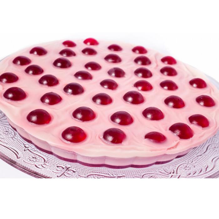 Мыло-торт «Вишневый» (Мыло в форме кексов и сладостей)Мыло в форме кексов и сладостей<br>Аромат: вишня, созревшая на солнце, на основе из миндальной пасты, подслащенной ванильным карамельным сиропом Овсяные сладости с отшелушивающим эффектом … вихрь приятных сладких запахов… это мыло – торт, не предназначенное для еды!<br>Это кусочки настоящего мыла, нежного и увлажняющего, для любящих сладости детей и взрослых!<br>Продается кусочками на разрез, по весу<br>