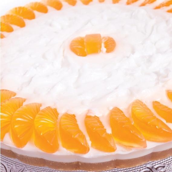 Мыло-торт «Мандариновый» (Мыло в форме кексов и сладостей)Мыло в форме кексов и сладостей<br>Аромат: мармелад из мандаринов и сладких персиков с ароматами леса Овсяные сладости с отшелушивающим эффектом … вихрь приятных сладких запахов…<br>это мыло – торт, не предназначенное для еды!<br>Это кусочки настоящего мыла, нежного и увлажняющего, для любящих сладости детей и взрослых!<br>