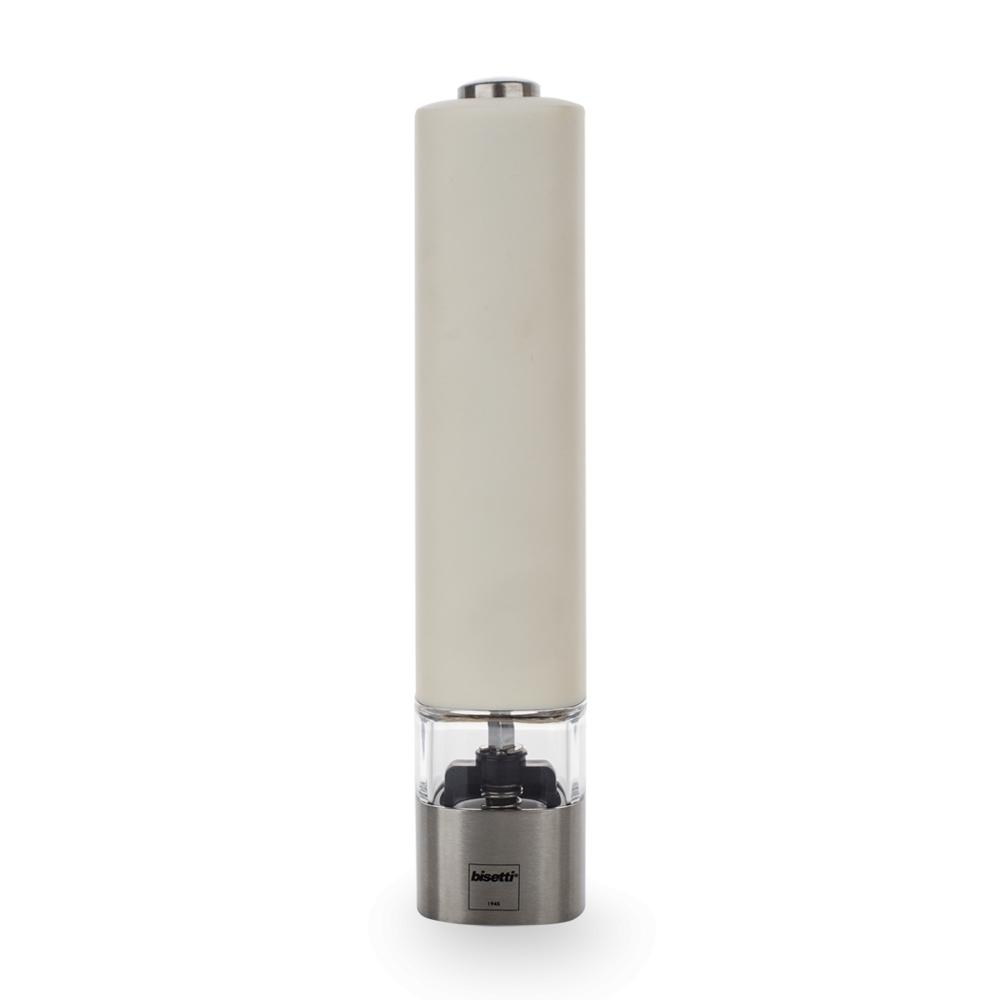 Мельница для перца 20 см, электрическая, BISETTI Electric 963Солонки и перечницы<br>Мельница для перца 20 см, электрическая, BISETTI Electric 963<br><br>Электрические мельницы ELECTRIC – это современный дизайн, лаконичные формы, удобство в эксплуатации. Элемент питания - 6 х ААА (в комплекте).<br>Механизмы мельниц BISETTI<br>Механизм мельниц для перца изготовлен из высококачественной твердой нержавеющей стали. Два ряда зубцов обеспечивает идеальное перетирание перца. Цинковое покрытие защищает весь механизм от возможного окисления, обеспечивая непревзойденную износостойкость.<br>Механизм мельницы для соли изготовлен из высокопрочной керамики. Все металлические детали производятся из нержавеющей стали и пищевого алюминия, что гарантирует устойчивость к коррозии.<br>Компания BISETTI дает гарантию 10 лет непосредственно на механизм мельницы. И вот уже более 70 лет не отступает от своих обещаний.<br>О компанииBISETTI<br>BISETTI – итальянская компания, имеющая богатую историю, которая началась в далеком 1945 году.<br>Кустарное производство по изготовлению кухонной утвари из дерева, расположенное на севере Италии, в городе Петтенаско, в провинции Новара, на берегу живописного озера Орта, упоминалось еще во второй половине XIX века. Уже тогда изделия ручной работы этой мастерской были очень любимы местным населением.<br>В 1945 году на базе мастерской были созданы первые мельницы для перца. Основным материалом для их производства стал бук. В настоящее время в ассортименте Компании насчитывается более 200 видов различных приспособлений для перемалывания специй: механические, электрические, мельницы для специй, для кофе и различных трав.<br>Для производства мельниц используют не только бук, но и оливковое дерево, бамбук, а также и другие современные материалы: высококачественный акрил и нержавеющую сталь.<br>С 1984 года Компанией управляет Бруно Бисетти. Благодаря внедрению современных технологий и бережному отношению к традициям, BISETTI по праву является одним из лидеров по