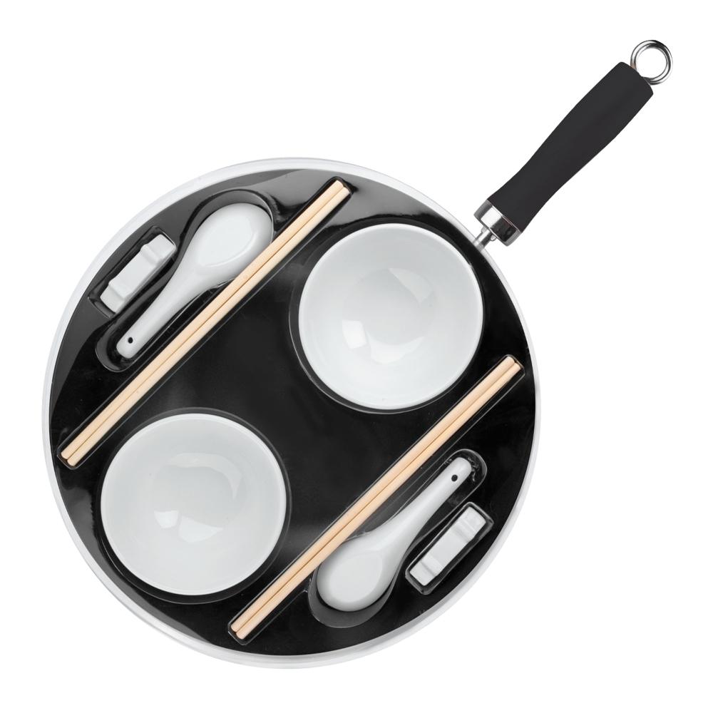 Набор для приготовления азиатской кухни IBILI Moka арт. 450630Воки<br>Набор для приготовления азиатской кухни IBILI Moka арт. 450630<br><br>Вок с антипригарным покрытием диаметром 30см, высота 8см.<br>Пиалы - 2шт.<br>Ложки - 2шт.<br>2 комплекта палочек.<br>2 подставки для палочек.<br>