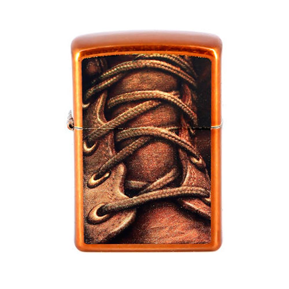 Зажигалка ZIPPO Boot Laces, латунь с покрытием Toffee™, бронзовая, 36х12x56 ммЗажигалки<br>Ветроустойчивая зажигалка с оригинальным дизайном. На корпусе этой модели с покрытием Toffee™ изображён крупным планом коричневый ботинок со шнурками. Поставляется в подарочной коробке, созданной из экологически чистых материалов. Для оптимальной работы рекомендуем заправлять первоклассным топливом Zippo.<br>