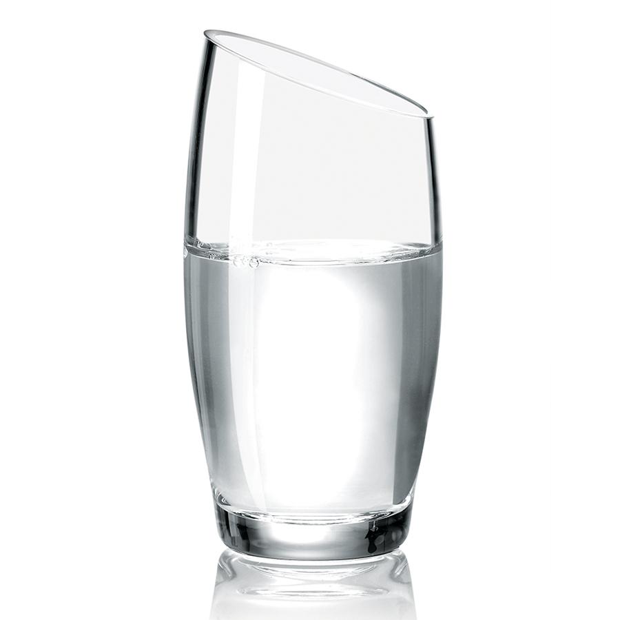 Стакан 350 мл Eva Solo 541009Бокалы и стаканы<br>Стакан 350 мл Eva Solo 541009<br><br>Бокалы от Eva Solo изготавливаются вручную и универсален почти для всех напитков. Дизайн бокала имеет скошенный край, что смотрится очень стильно. Элегантный и простой, подойдёт на любой кухне. Сочетается с линией бокалов для других напитков. Eva Solo - датский бренд, уже много лет считающийся классикой дизайнерских решений. Бокал имеет объем 350 мл.<br>