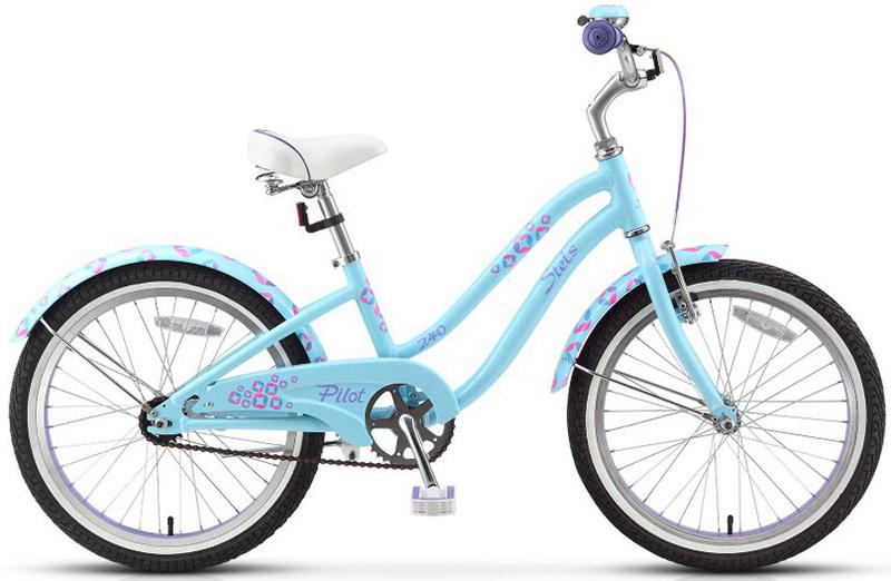 Stels Pilot 240 Lady 1-sp (2015)от 6 лет<br>Велосипед Stels Pilot 240 Girl рекомендуется для девочек с ростом от 120 см. Алюминиевая рама, жесткая вилка, передний тормоз U-brake, задний педальный ножной, отличающийся наибольшей простотой в использовании и надежностью, седло с пружинными амортизаторами позволяет ребенку с удовольствием кататься не только по асфальту, но и по слабо пересеченной местности. В комплект велосипеда Стэлс Пилот 240 Герл входят алюминиевые обода, длинные металлические крылья, полная защита цепи, подножка и звонок. Диаметр колес - 20 дюймов.<br>