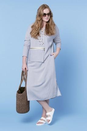 Платье LE-05 D13 91Платья<br>Идеальное хлопковое платье - туника в тонкую полоску и с карманом на молнии (можно положить 3 евро на мороженное и ключ-карту от номера), с застежкой-шнурком и длиной чуть ниже колена. Свободный крой, разрезы по бокам. Все, что вы хотели от платья - оно идеально для жары, а в прохладную погоду отлично смотриться с легким летним кардиганом. Отлично подойдет к балеткам, босоножками, мюли или просто шлепкам. Незаменимая вещь в отпускном гардеробе, предохраняет кожу от губительного воздействия солнечных лучей. Настроение этого платья: Наслаждайся каждым моментом!  Рост модели на фото 179 см, размер - 54 российский.<br>