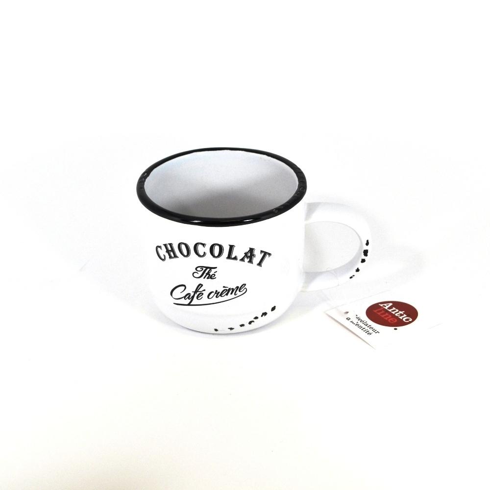 Кружечка Шоколад-чай-кофе белая (Фарфор и керамика Antic Line)Фарфор и керамика Antic Line<br>Кружечка Шоколад-чай-кофе белая<br>Керамика, стилизовано под эмалированный металл<br>Производитель: Antic Line, Франция<br>