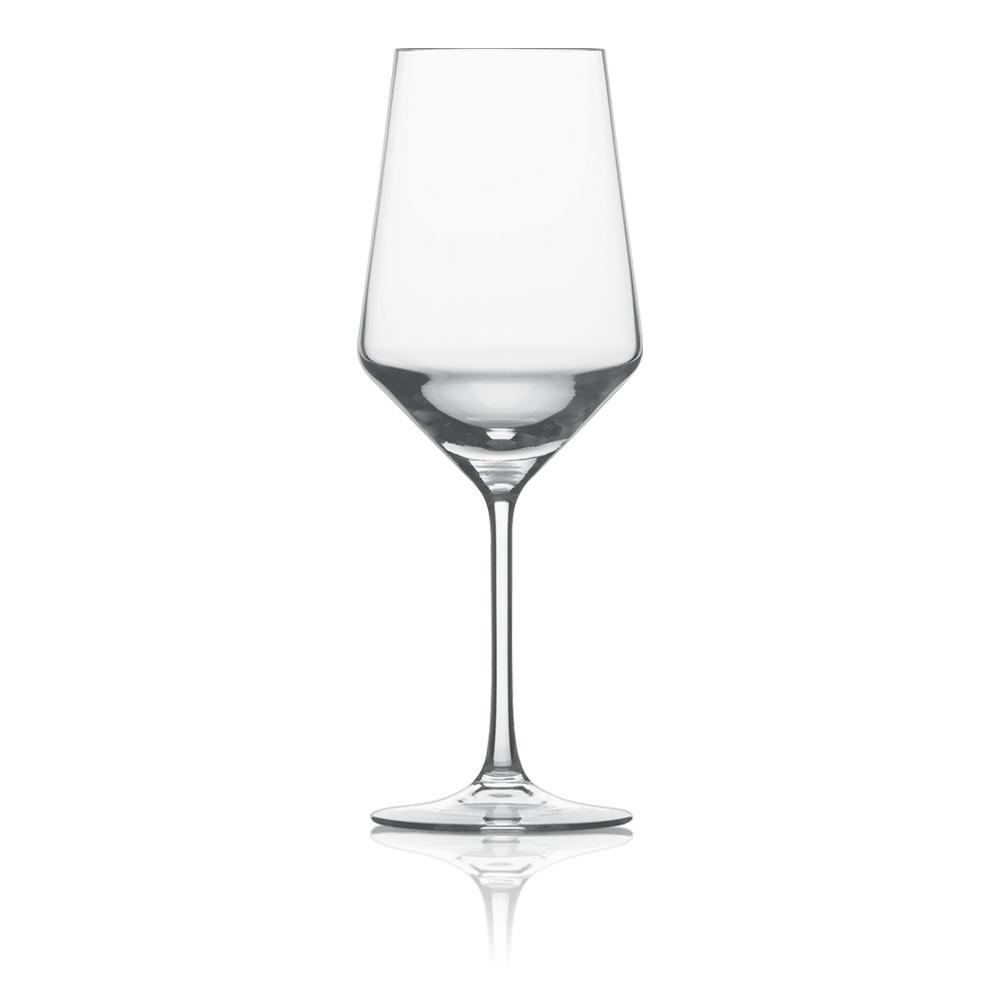 Набор из 6 бокалов для красного вина 540 мл SCHOTT ZWIESEL Pure арт. 112 413-6Бокалы и стаканы<br>Набор из 6 бокалов для красного вина 540 мл SCHOTT ZWIESEL Pure арт. 112 413-7<br><br>вид упаковки: подарочнаявысота (см): 24.4диаметр (см): 9.2материал: хрустальное стеклоназначение: для красного винаобъем (мл): 540предметов в наборе (штук): 6страна: Германия<br>Коллекция Pure с оригинальным дизайном чаши, напоминающей королевский кубок — прекрасная идея для сервировки праздничного стола. Наборы рюмок, винных бокалов, стаканов для воды и виски, а также фужеров для шампанского, выполненные в едином стиле, придадут столу торжественность и величие.<br>Геометрия линий придает изделиям особую привлекательность и позволяет напиткам «дышать», постепенно раскрывая букет вкуса и аромата.<br>Интересная форма сужающихся к верху бокалов с четкими геометрическими линиями не только придает изделиям особую привлекательность, но и позволяет напиткам «дышать», постепенно раскрывая букет вкуса и аромата.<br>Серия Pure, изготовленная из хрустального стекла, привлекает внимание безупречной прозрачностью и уникальным блеском. Изделия этой серии не только восхищают великолепными формами, но и радуют своих хозяев прочностью и долговечностью.<br>