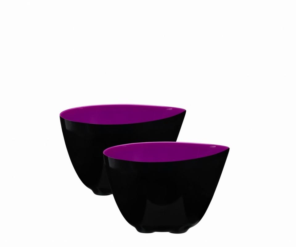 Набор из 2 мисок 0,35л ZONE GOURMET CONFETTI 321075Новогодние скидки до 40%<br>Две оригинальные черно-фиолетовые миски отлично смотрятся и на рабочем столе в процессе готовки, и в качестве сервировки на праздничном ужине. Оригинальный дизайн с зауженным краем позволяет использовать миски в качестве необычных соусников или посуды для жидких блюд. Также на этот край очень удобно класть столовые приборы, когда хочется сделать перерыв.<br>