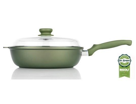 Литая глубокая сковорода со стеклянной крышкой Risoli Dr Green 28см 00105DR/28GSСковороды<br>Литая глубокая сковорода со стеклянной крышкой Risoli Dr Green 28см 00105DR/28GS<br><br>Сковорода выполнена из литого алюминия высокого качества.Серия Dr. Green имеет УНИКАЛЬНОЕ АНТИПРИГАРНОЕ ПОКРЫТИЕ НА ИНЕРТНОЙ И НЕОРГАНИЧЕСКОЙ ВОДНОЙ ОСНОВЕ С ДВОЙНЫМ СОПРОТИВЛЕНИЕМ к износу, по сравнению со стандартными покрытиями. Идеальное изделие для приготовления на медленном огне, без нарушения стабильности и повышения аромата пищи.Экологическая посуда- залог здоровой пищи.<br>