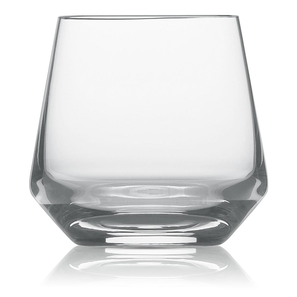 Набор из 6 стаканов для виски 389 мл SCHOTT ZWIESEL Pure арт. 112 417-6Бокалы и стаканы<br>Набор из 6 стаканов для виски 389 мл SCHOTT ZWIESEL Pure арт. 112 417-7<br><br>вид упаковки: подарочнаявысота (см): 9.0диаметр (см): 9.6материал: хрустальное стеклоназначение: для вискиобъем (мл): 389предметов в наборе (штук): 6страна: Германия<br>Коллекция Pure с оригинальным дизайном чаши, напоминающей королевский кубок — прекрасная идея для сервировки праздничного стола. Наборы рюмок, винных бокалов, стаканов для воды и виски, а также фужеров для шампанского, выполненные в едином стиле, придадут столу торжественность и величие.<br>Геометрия линий придает изделиям особую привлекательность и позволяет напиткам «дышать», постепенно раскрывая букет вкуса и аромата.<br>Интересная форма сужающихся к верху бокалов с четкими геометрическими линиями не только придает изделиям особую привлекательность, но и позволяет напиткам «дышать», постепенно раскрывая букет вкуса и аромата.<br>Серия Pure, изготовленная из хрустального стекла, привлекает внимание безупречной прозрачностью и уникальным блеском. Изделия этой серии не только восхищают великолепными формами, но и радуют своих хозяев прочностью и долговечностью.<br>