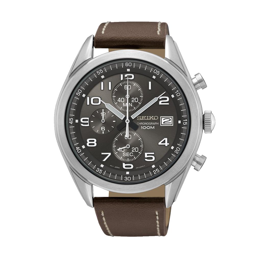 Наручные часы SeikoSeiko Conceptual Series Sports<br>Seiko Chronograph SSB275P1 - мужские кварцевые часы. Корпус этих часов крупного размера (45 мм.) и выполнен из нержавеющей стали. Модель Chronograph SSB275P1 имеет стекло хардлекс, кожаный ремешок коричневого цвета, бежевый циферблат. Водоустойчивость: 100 метров. Дополнительные функции и особенности: дата, хронограф.<br>