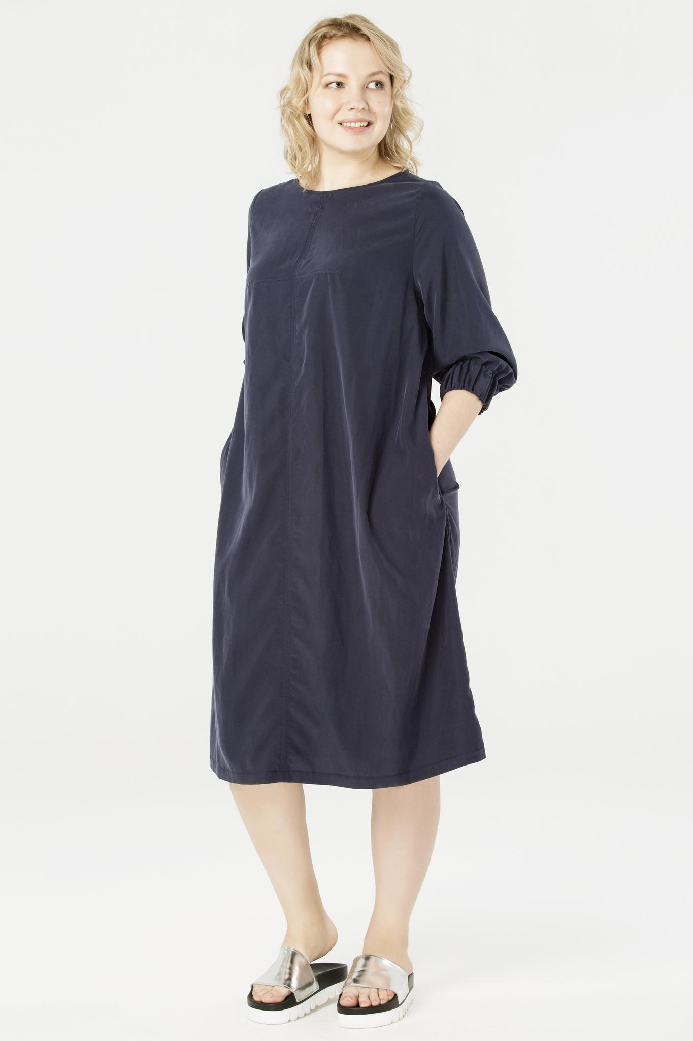 Платье LM-01 D01 31ЧЁРНАЯ ПЯТНИЦА<br>Всем известно, что лучшие платья не мнутся, имеют свободный крой и не требуют ничего от своей владелицы – собственно, как наша модель из вискозы. Благодаря рукавам с манжетами на резинке и продуманной геометрии, это платье деликатно обыгрывает фигуру. Предлагаем носить с балетками, кедами или босоножками на платформе. В пару к нему хорошо подойдет наш лаконичный трикотажный жилет и лоферы. Рост модели на фото 176 см, размер – 52 российский.<br>