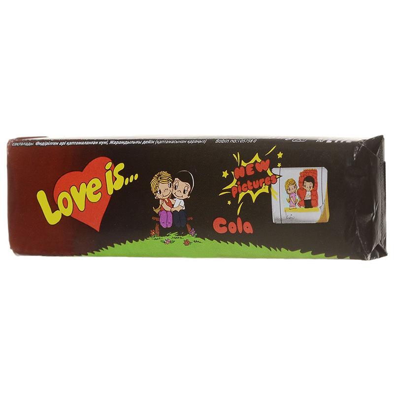 Love Is - новые вкладыши, любимые вкусы (кола)Жвачка<br>Жнвательная конфета Love Is со вкусом колы принесет в вашу жизнь светлые эмоции и напомнит о главном.<br>Для тех, кто любит собирать вкладыши, появились новые картинки с продолжением красивой истории любви знаменитой парочки.<br>А для ценителей огромных пузырей и дерзких вкусов – новый вкус колы и по-прежнему сочные и яркие цвета подарят радость и счастье при любой ситуации.<br>Вкладыши с оригинальными цитатами о любви можно использовать как подсказку, чтобы сделать приятный сюрприз или удивить свои вторую половинку.<br>Попробуйте также и другие вкусы любви жвачек Love Is.<br>Вес:0,03<br>Размер коробки:9,4 см х 2,4 см<br>