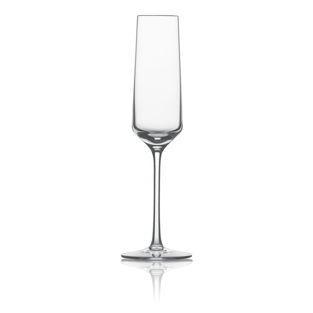 Набор из 6 фужеров для шампанского 209 мл SCHOTT ZWIESEL Pure арт. 112 415-6Бокалы и стаканы<br>Набор из 6 фужеров для шампанского 209 мл SCHOTT ZWIESEL Pure арт. 112 415-7<br><br>вид упаковки: подарочнаявысота (см): 25.2диаметр (см): 7.2материал: хрустальное стеклоназначение: для шампанскогообъем (мл): 209предметов в наборе (штук): 6страна: Германия<br>Коллекция Pure с оригинальным дизайном чаши, напоминающей королевский кубок — прекрасная идея для сервировки праздничного стола. Наборы рюмок, винных бокалов, стаканов для воды и виски, а также фужеров для шампанского, выполненные в едином стиле, придадут столу торжественность и величие.<br>Геометрия линий придает изделиям особую привлекательность и позволяет напиткам «дышать», постепенно раскрывая букет вкуса и аромата.<br>Интересная форма сужающихся к верху бокалов с четкими геометрическими линиями не только придает изделиям особую привлекательность, но и позволяет напиткам «дышать», постепенно раскрывая букет вкуса и аромата.<br>Серия Pure, изготовленная из хрустального стекла, привлекает внимание безупречной прозрачностью и уникальным блеском. Изделия этой серии не только восхищают великолепными формами, но и радуют своих хозяев прочностью и долговечностью.<br>