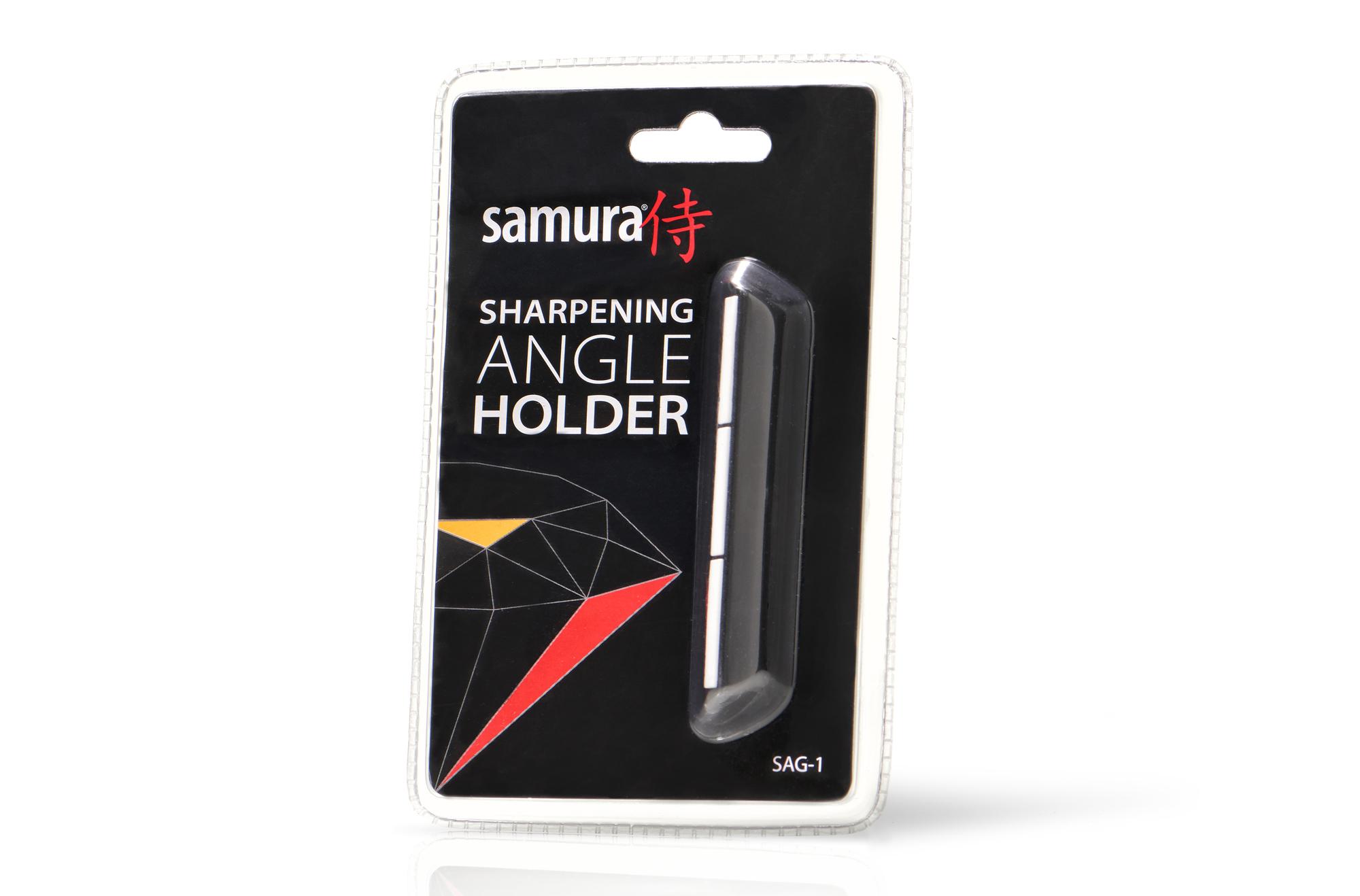 Держатель угла заточки Samura SAG-1Водные точильные камни<br>Держатель угла заточки Samura SAG-1<br>Держатель угла заточки с керамическими направляющими обеспечивает угол в зависимости от ширины ножа. Максимальный угол, который можно получить при ширине лезвия ножа 2 см = 30 градусам. Чем шире лезвие - тем меньше угол.<br>Держатель угла заточки предназначен для формирования правильного угла заточки для кухонных ножей с толщиной обуха до 3 мм и шириной лезвия не менее 2 см. Держатель угла заточки представляет собой пластиковую форму с керамическими направляющими элементами, защищающими держатель от износа.<br>