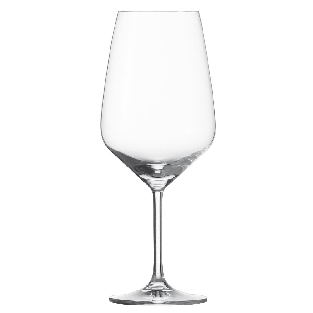 Набор из 6 бокалов для красного вина 656 мл SCHOTT ZWIESEL Taste арт. 115 672-6Бокалы и стаканы<br>Набор из 6 бокалов для красного вина 656 мл SCHOTT ZWIESEL Taste арт. 115 672-7<br><br>вид упаковки: подарочнаявысота (см): 23.6диаметр (см): 9.5материал: хрустальное стеклоназначение: для красного винаобъем (мл): 656предметов в наборе (штук): 6страна: Германия<br>Серия бокалов Taste отличается более четкими линиями, утонченностью дизайна и великолепным исполнением. Как и вся продукция всемирно известного бренда Schott Zwiesel, бокалы Taste обладают высокой прочностью хрустального стекла Tritan, идеальной прозрачностью, ярким блеском и особым сиянием.<br>В коллекции представлены элегантные бокалы для белого и красного вина и фужеры для шампанского.<br>Изделия предлагаются в наборах из шести предметов. Сужающиеся кверху края бокала прекрасно сохраняют вкус аромат благородных напитков, насыщая их кислородом и не давая вину выдохнуться. Классическая форма тюльпана и изысканная утонченная ножка идеально вписывается в любую сервировку, создавая за столом атмосферу праздника.<br>