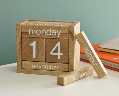 Вечный календарь кубиками своими руками 11