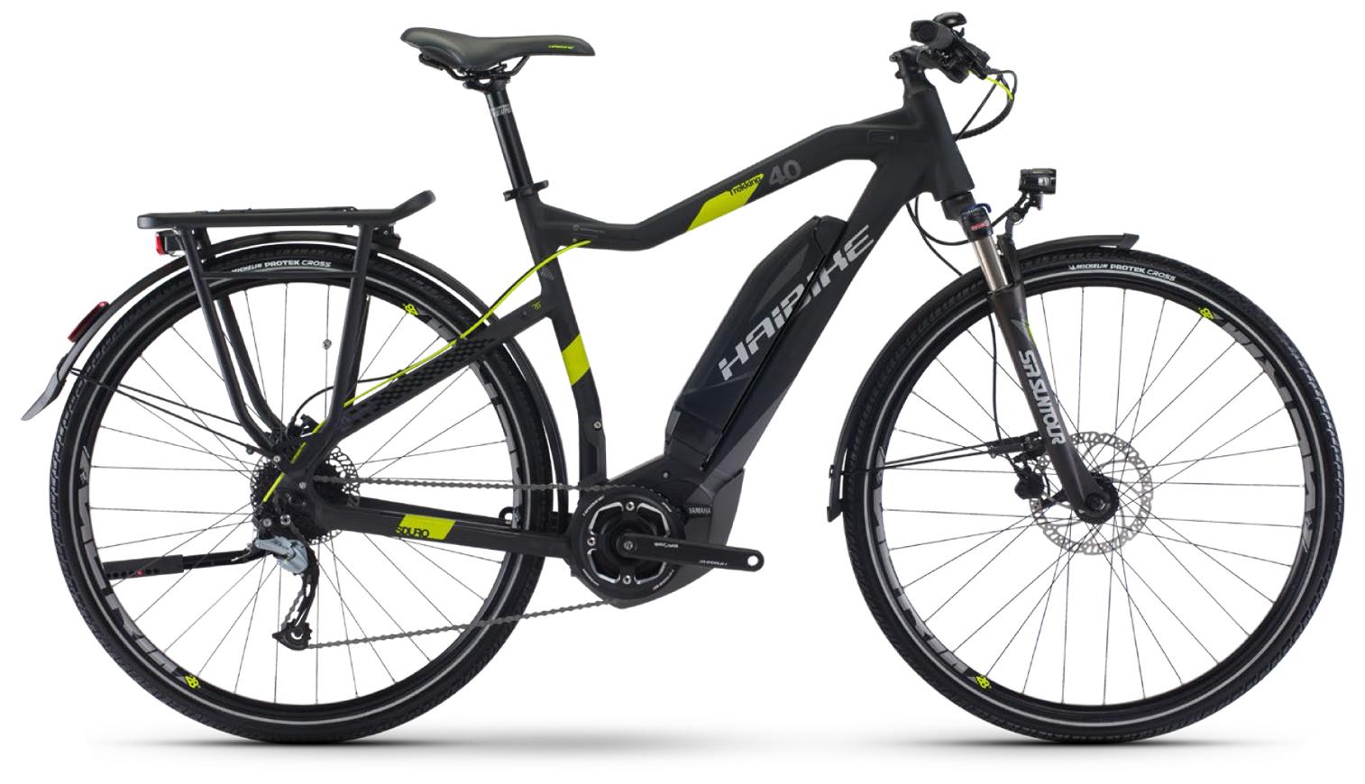 Haibike Sduro Trekking 4.0 men (2017)Мужские<br>Haibike Sduro Trekking 4.0 men – это высокотехнологичный велосипед для передвижения по городу и городским паркам. Байк обладает колесами 28 дюймов, обутыми в покрышки Michelin Protek Cross, которые обеспечивают отличный накат. Мощный электродвигатель имеет мощность 350 Вт и запас хода свыше 50 км. Для быстрой и четкой остановки на велосипед установлена дисковая гидравлика Tektro HD-M285, которая отлично работает даже в ненастную погоду. Также на байк установлены полноразмерные крылья и багажник для перевозки небольших грузов.<br>