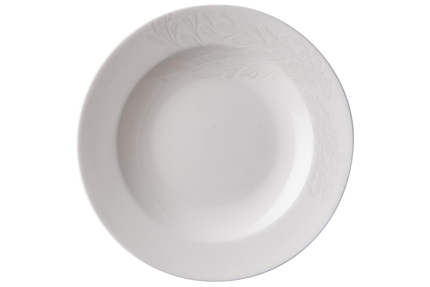Набор из 6 тарелок Royal Aurel Феникс (20см) арт.536Наборы тарелок<br>Набор из 6 тарелок Royal Aurel Феникс (20см) арт.536<br>Производить посуду из фарфора начали в Китае на стыке 6-7 веков. Неустанно совершенствуя и селективно отбирая сырье для производства посуды из фарфора, мастерам удалось добиться выдающихся характеристик фарфора: белизны и тонкостенности. В XV веке появился особый интерес к китайской фарфоровой посуде, так как в это время Европе возникла мода на самобытные китайские вещи. Роскошный китайский фарфор являлся изыском и был в новинку, поэтому он выступал в качестве подарка королям, а также знатным людям. Такой дорогой подарок был очень престижен и по праву являлся элитной посудой. Как известно из многочисленных исторических документов, в Европе китайские изделия из фарфора ценились практически как золото. <br>Проверка изделий из костяного фарфора на подлинность <br>По сравнению с производством других видов фарфора процесс производства изделий из настоящего костяного фарфора сложен и весьма длителен. Посуда из изящного фарфора - это элитная посуда, которая всегда ассоциируется с богатством, величием и благородством. Несмотря на небольшую толщину, фарфоровая посуда - это очень прочное изделие. Для демонстрации плотности и прочности фарфора можно легко коснуться предметов посуды из фарфора деревянной палочкой, и тогда мы услушим характерный металлический звон. В составе фарфоровой посуды присутствует костяная зола, благодаря чему она может быть намного тоньше (не более 2,5 мм) и легче твердого или мягкого фарфора. Безупречная белизна - ключевой признак отличия такого фарфора от других. Цвет обычного фарфора сероватый или ближе к голубоватому, а костяной фарфор будет всегда будет молочно-белого цвета. Характерная и немаловажная деталь - это невесомая прозрачность изделий из фарфора такая, что сквозь него проходит свет.<br>