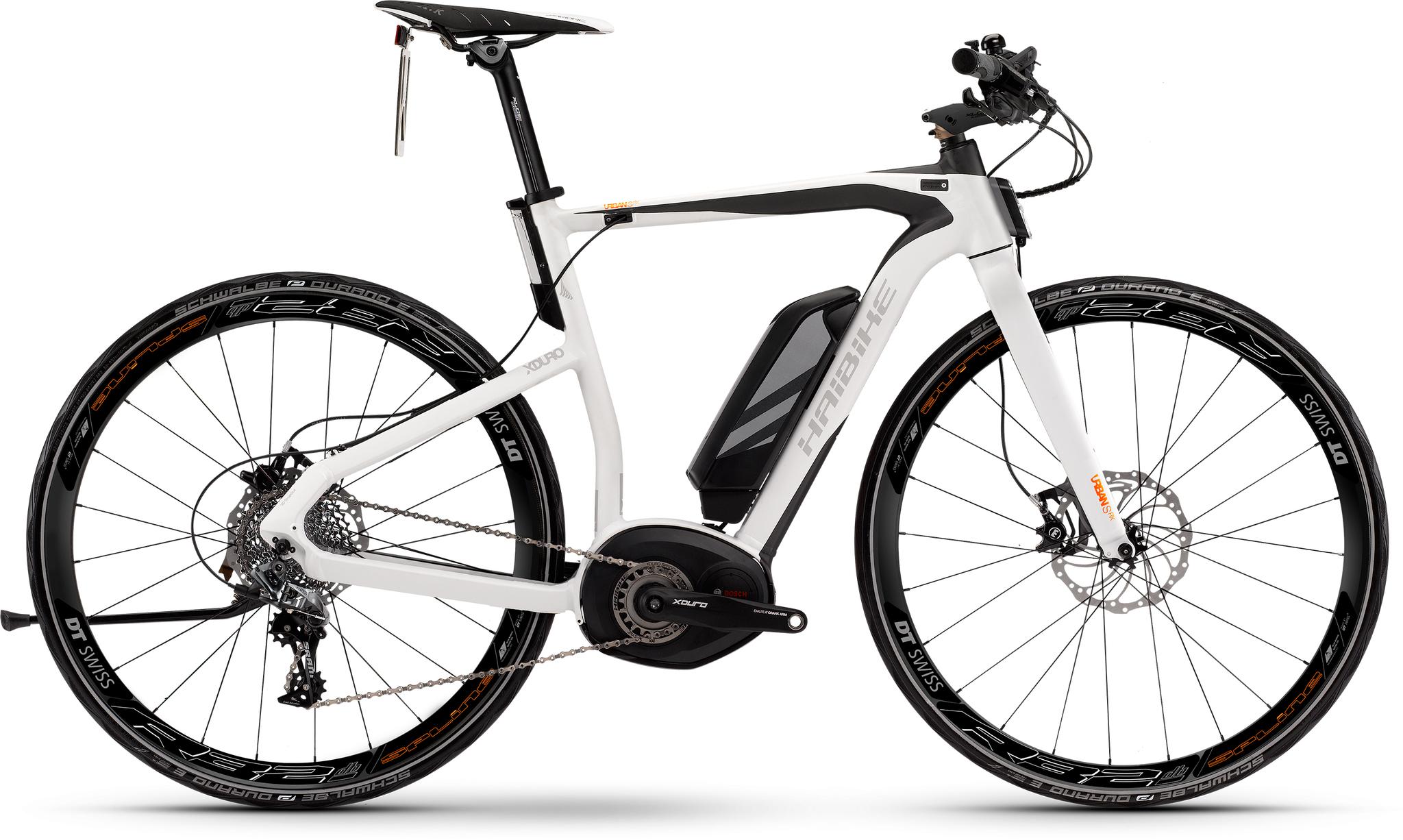 Haibike Xduro Urban S RX 500Wh (2016)Мужские<br>Электровелосипед Xduro Urban S RX 500Wh от немецкой компании Haibike выглядит современно и эффектно. Такая модель оптимально подходит для езды по городу. Жесткая вилка Xduro Aluminium, алюминиевая рама Aluminium 6061 Race, большие колеса диаметром 28 дюймов делают велосипед динамичным, легким и маневренным. Велосипед с двигателем мощностью 350W-500W развивает скорость до 45 км/ч, а запас хода составляет 30-50 км. Конструкция дисковых гидравлических тормозов считается одной из наиболее надежных, велосипед легко и быстро остановится даже на большой скорости или на спуске.<br>