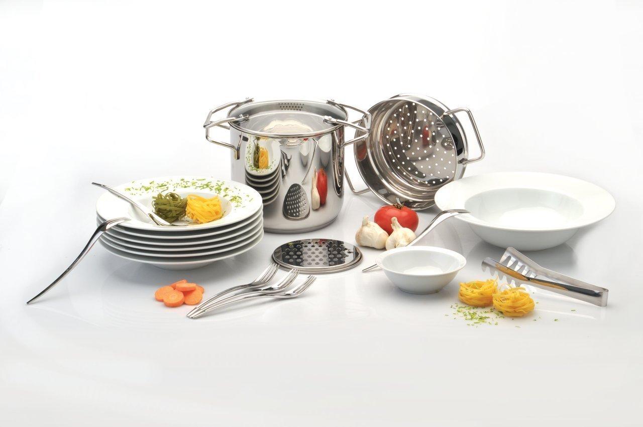 Набор для спагетти 20 предметов BergHOFF Studio 1100890Наборы посуды<br>Набор для спагетти 20 предметов BergHOFF Studio 1100890<br><br>Состав набора: <br><br>Тарелка для пасты 27см - 6шт.<br>Миска для салата 31см - 1шт.<br>Миска для соуса 14см - 1шт.<br>Терка 15см - 1шт.<br>Вилка для пасты 21см - 6шт.<br>Щипцы для пасты 27см - 1шт.<br>Кастрюля для пасты с крышкой и вставкой-пароваркой 20см - 1шт.<br><br>Полный набор для приготовления пасты любой длины и формы. Кастрюля из нержавеющей стали 18/10 быстро нагревается, экономя электроэнергию. Перфорированная вставка облегчает слив, становясь дуршлагом, ее нужно просто вынуть из кастрюли. Разумеется, вы можете использовать кастрюлю и саму по себе для приготовления супов. Используя вставку, вы превращаете ее в пароварку. <br>Кастрюля подходит для всех типов плит, включая индукционные. Щипцы позволяют комфортно сервировать пасту в тарелки из высококачественного фарфора. Белый фарфор идеально сочетается со всеми видами и стилями сервировки. Все предметы подходят для мытья в посудомоечной машине, тарелки можно использовать в духовом шкафу и микроволновой печи.<br>Официальный продавец BergHOFF<br>