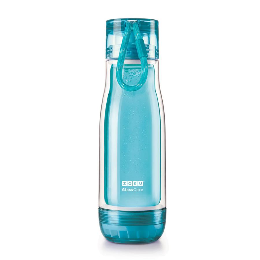 Бутылка Zoku 480 мл голубая ZK128-TLБутылочки<br>Бутылка Zoku 480 мл голубая ZK128-TL<br><br>Компактная бутылка Zoku идеально подойдет для тех кто регулярно занимается спортом и любит активный образ жизни. Герметичная конструкция защитит напитки от пролития а силиконовые накладки не дадут изделию разбиться при падении. В качестве основного материала изготовления производителем было использовано боросиликатное стекло за счет чего бутылка имеет не только привлекательный внешний вид но и высокую износостойкость. В нее можно налить как холодные так и горячие напитки температура которых будет поддерживаться длительное время благодаря плотной фиксации крышки и двойным стенкам корпуса. Доступные цветовые решения: красный голубой синий зеленый фиолетовый.<br>