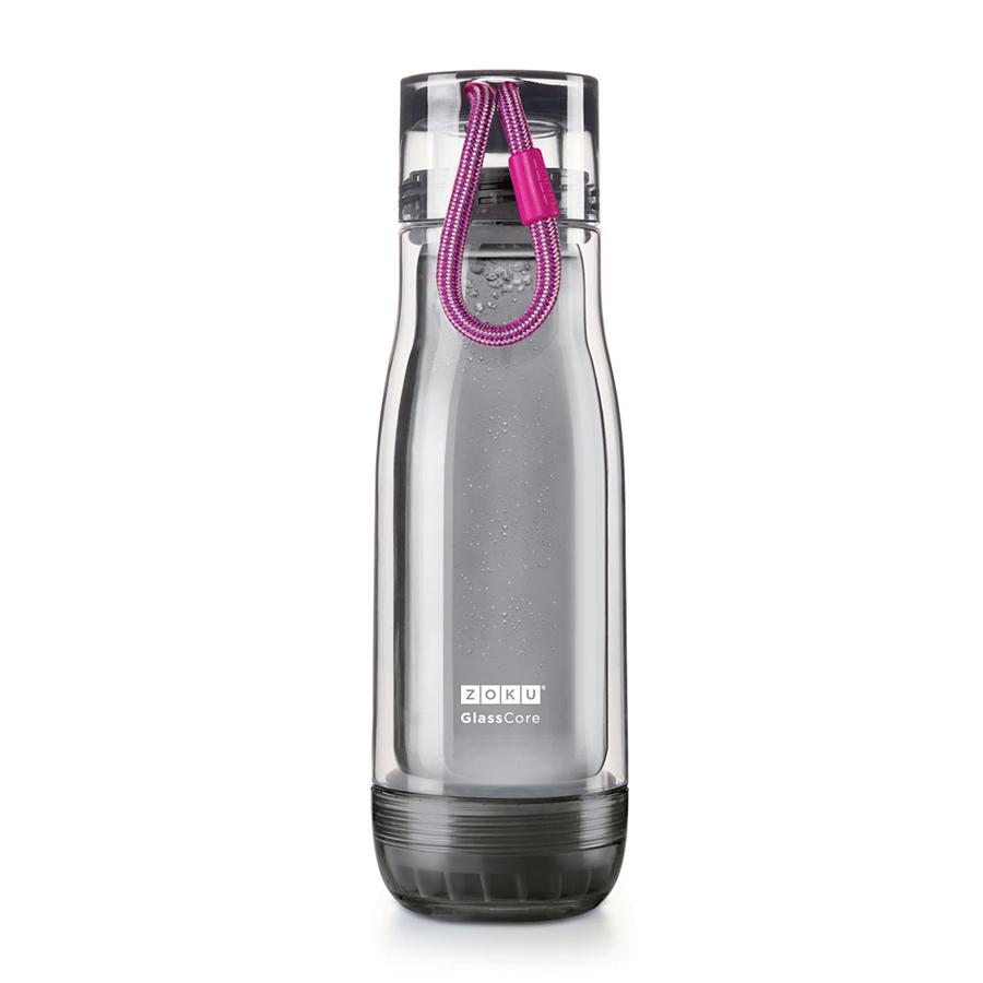 Бутылка Zoku Active 480 мл фиолетовая ZK128-AC-PUНовинки<br>Бутылка Zoku Active 480 мл фиолетовая ZK128-AC-PU<br><br>Компактная бутылка Zoku Active идеально подойдет для тех кто регулярно занимается спортом и любит активный образ жизни. Герметичная конструкция защитит напитки от пролития а силиконовые накладки не дадут изделию разбиться при падении. В качестве основного материала изготовления производителем было использовано боросиликатное стекло за счет чего бутылка имеет не только привлекательный внешний вид но и высокую износостойкость. В нее можно налить как холодные так и горячие напитки температура которых будет поддерживаться длительное время благодаря плотной фиксации крышки и двойным стенкам корпуса. Доступные цветовые решения: красный голубой синий зеленый фиолетовый.<br>