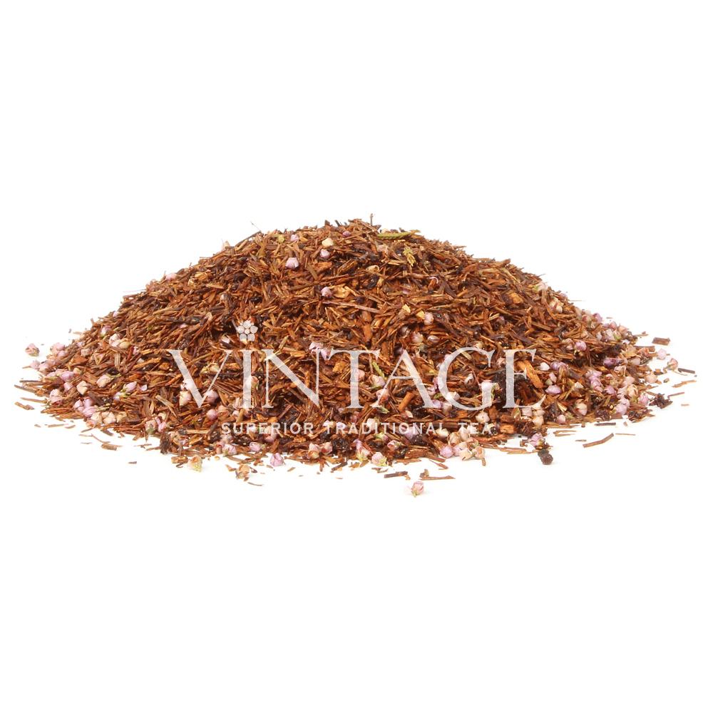 Ройбуш Черничный Вереск (чай фруктовый ароматизированный)Весовой чай<br>Ройбуш Черничный Вереск(чай фркутовыйароматизированный)<br><br><br><br><br><br><br><br><br><br>Время заваривания<br>Температура заваривания<br>Количество заварки<br><br><br><br>Рекомендуемое время заваривания 6-7мин.<br><br><br>Рекомендуемая температура заваривания 90-95 °С<br><br><br>Рекомендуемое количество заварки 4-5гр из расчета на 200-300мл.<br><br><br><br><br><br>Состав: ройбуш, цветки вереска, ягоды черники, ягоды черной смородины.<br>Описание:ройбуш, цветки вереска, ягоды черники, ягоды черной смородины. Ройбуш не только обладает своим неповторимым вкусом и хорошо бодрит, но при всем при этом абсолютно не содержит кофеина. Черника и цветочки вереска придают напитку неповторимое своеобразие.<br>