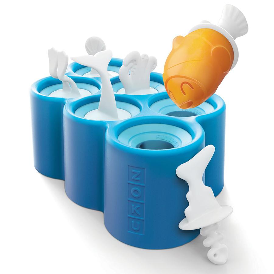 Форма для мороженого Zoku Fish 6 шт. ZK119Посуда для приготовления<br>Форма для мороженого Zoku Fish 6 шт. ZK119<br><br>Окунитесь в интересный и увлекательный подводный мир вместе с формой для замороженного сока Fish Pop Mold! Создавайте натуральные холодные десерты в виде морских существ ( киты осьминоги акулы рыбы) заливая готовую жидкость в формы и комбинируя «хвосты». Уже через 7 минут после загрузки в морозильную камеру вы получите готовую продукцию которой сможете угостить друзей близких и полакомиться сами! Палочки со специальными углублениями не дадут подтаявшему соку стекать вниз а оригинальное оформление десертов позволит каждому преподнести «свое» лакомство.<br>