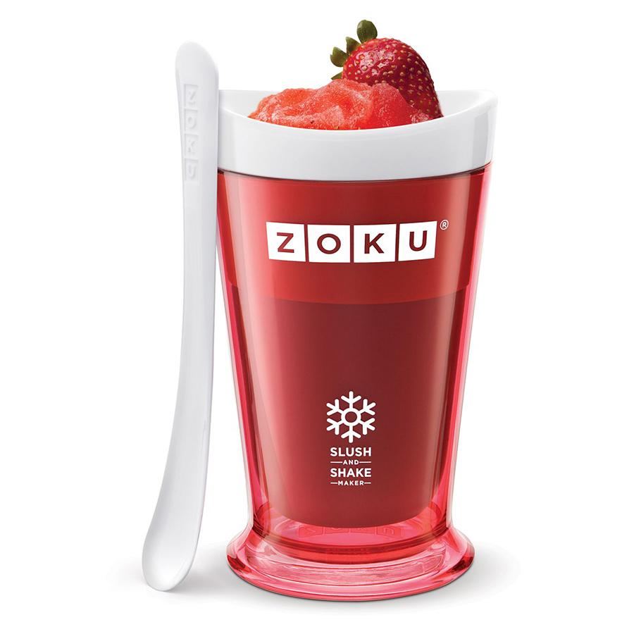 Форма для холодных десертов Zoku Sluch &amp; Shake красная ZK113-RDНовинки<br>Форма для холодных десертов Zoku Sluch &amp; Shake красная ZK113-RD<br><br>Форма Slush &amp; Shake Maker позволит вам насладиться натуральными снежными десертами молочными коктейлями фруктовыми соками и даже замороженными алкогольными напитками собственного приготовления! Создавайте невероятные вкусовые сочетания смешивая различные ингредиенты: фрукты домашние соки молоко шоколад кофе гоголь-моголь энергетические напитки и прочее.  Загрузите все компоненты в заранее охлажденную форму и поставьте в морозильную камеру. Уже через 7 минут вы сможете попробовать свежеприготовленный десерт и угостить им своих друзей! Доступные цветовые решения: красный оранжевый синий зеленый фиолетовый.<br>