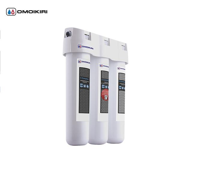 Фильтр для очистки воды OMOIKIRI Pure drop 1.0 (4998001)Фильтры для очистки воды<br>Фильтр для очистки воды OMOIKIRI Pure drop 1.0 (4998001)<br><br>Водоочиститель OMOIKIRI Pure drop 1.0 предназначен для доочистки питьевой водопроводной воды.<br><br>Многоступенчатая система обеспечивает высокую эффективность очистки от всех видов загрязнений на протяжении всего ресурса сменных модулей.<br>Водоочиститель, благодаря инновационной японской мембране NanoTube, обеззараживает воду, удаляя из нее все виды известных бактерий. Такая вода абсолютно безопасна для здоровья и не вызывает аллергические реакции.<br>Уникальная нить Vivalon, которая содержится во всех модулях, задерживает тяжелые и токсичные металлы, концентрирует в себе опасные для здоровья механические и органические примеси.<br>Активные ионы серебра предотвращают размножение, а также способствуют уничтожению микроорганизмов.<br>Водоочиститель прост в эксплуатации. Замена модулей производится менее чем за 1 минуту без дополнительных инструментов.<br>Удобно устанавливается под мойку и занимает минимум пространства.<br><br><br><br><br><br><br>Официальный дилер OMOIKIRI™<br>