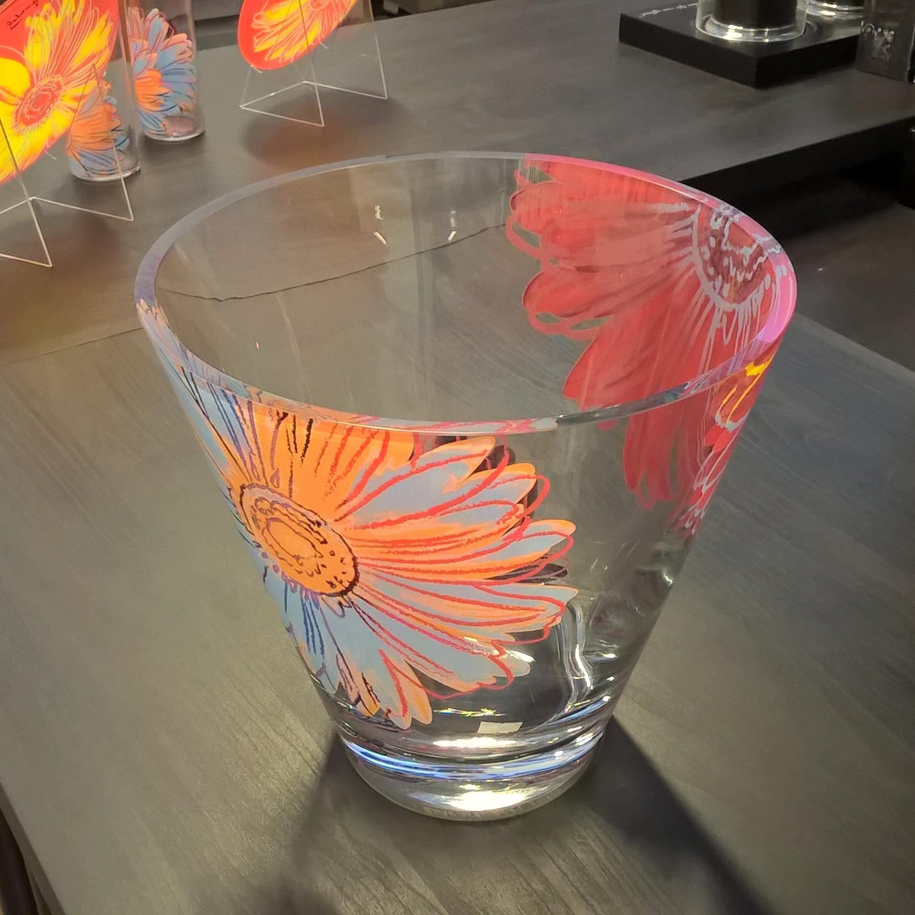 Серия Andy Warhol Хрусталь и стекло Rosenthal<br>Серия Andy Warhol Ваза<br>22 см<br>Материал: стекло<br>Производитель: Rosenthal, Германия<br>