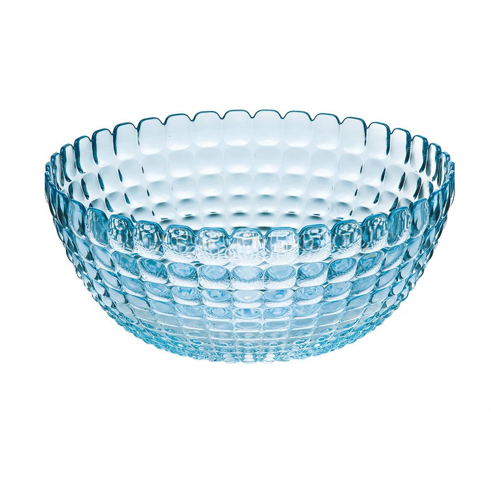 Салатница Guzzini Tiffany L голубая 21382581Посуда Guzzini (Италия)<br>Салатница Guzzini Tiffany L голубая 21382581<br><br>Элегантная салатница Tiffany станет настоящим украшением любого стола. Её можно использовать не только для салатов, но так же для подачи фруктов, выпечки и различных угощений. Идеально подходит для сервировки на свежем воздухе - рельефная форма в сочетании с прозрачным материалом заставляет поверхность сверкать и переливаться на свету. Органическое стекло, из которого изготовлена салатница, характеризуется легкостью и устойчивостью к износу.  Объем - 3 л. Не содержит вредных примесей и бисфенола-А. Можно мыть в посудомоечной машине.<br>Официальный продавец<br>